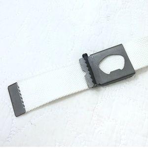 Nike Accessories - Nike Tech Essentials Belt